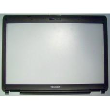Rama display (LCD bezel) pentru Toshiba Satellite L300 / L305 / L355